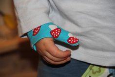 Glücksflügel: DIY: Schritt-für-Schritt-Anleitung - Schutzmanschette für den verletzten Daumen (oder kleinen Finger)