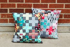 quilt: Modern Plus Pillow Tutorial || In Color Order