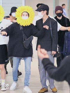 190610 BTS arrival at Incheon Airport Daegu, Lil Wayne, Yoonmin, Mixtape, K Pop, Kanye West, Jimin, Bts Airport, Airport Outfits