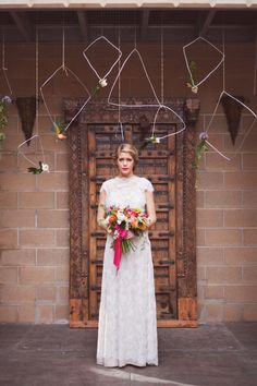Geometric backdrop | photos by Ceebee Photography | 100 Layer Cake