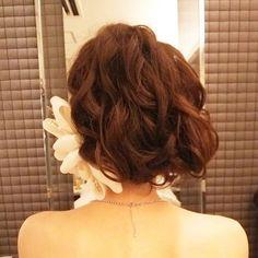 Back style。ボブ風サイド寄せ! #ヘアアレンジ#ヘアメイク#ヘアセット#ヘア#ヘアスタイル#ヘッドドレス #ボンネ#プレ花嫁 #結婚式準備 #ボブ風#結婚式#花嫁#ウェディング#bridal#wedding#hair#updo #ウェディングドレス#髪型#ルーズ#挙式#weddinghair