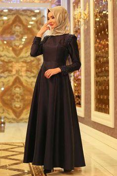En modern Tuay - Omuzları Boncuk Detaylı Tafta Lacivert Tesettür Abiye Elbise 1780L , en uygun fiyatla 9 taksit ve kapıda ödeme seçeneği ile tesetturisland.com'da