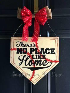Super Ideas For Baseball Door Hangers Diy Wreath Burlap Softball Wreath, Baseball Wreaths, Baseball Mom, Baseball Signs, Baseball Party, Wooden Door Signs, Wooden Doors, Diy Wreath, Door Wreaths