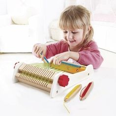 Hape My First Loom Wooden Weaving Toy with Accessories - Toys 4 My Kids Wooden Puzzles, Wooden Toys, Recycled Toys, Hape Toys, Eco Kids, Green Toys, Eco Friendly Toys, Interactive Toys, Building For Kids