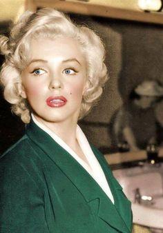 Marilyn Monroe divine
