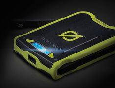 Enjoy tangle free charging for your smartphones and tablets outdoors with the Goal Zero Venture 30 #PowerPack.