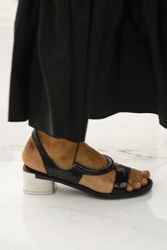 Salvatore Ferragamo Spring 2016 Ready-to-Wear Fashion Show - Lexi Boling