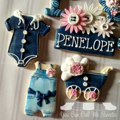 You Can Call Me Sweetie: Obsessed with onesies. Denim and flowers baby shower cookies Fancy Cookies, Iced Cookies, Cute Cookies, Royal Icing Cookies, Cookies Et Biscuits, Cupcake Cookies, Sugar Cookies, Baby Shower Sweets, Baby Shower Cookies