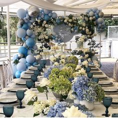 Stunning blue tones for Antonia's baby shower ? Styling Cake & desserts Florals Props… Stunning blue tones for Antonia's baby shower ? Baby Shower Decorations For Boys, Boy Baby Shower Themes, Baby Shower Balloons, Baby Boy Shower, Baby Shower Brunch, Floral Baby Shower, Baby Shower Parties, Baby Showers, Bridal Shower