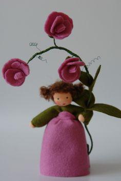 Sommer - Duftwicke - Blumenkind - Jahreszeitentisch - ein Designerstück von Katjas-Puppenstuebchen bei DaWanda