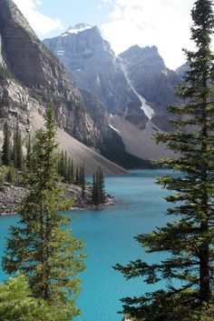 Lake Moraine East Kootenay British Columbia by Tony Hisgett is part of Nature - Landscape Photos, Landscape Photography, Nature Photography, Happy Photography, Banff National Park, National Parks, Fun Facts About Canada, Lago Moraine, Beautiful World