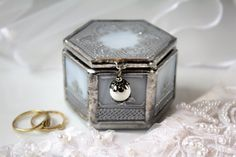 Silver wedding ring box with pillow Glass ring box by LaurusArt