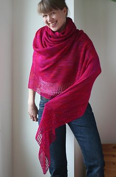 Viajante by Martina Behm - this would look great in Swan's Island Organic Lace! #knitting #lace #shawl