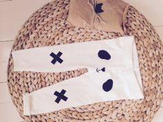 Panda pants Yoemy yoemy@yoemy.com