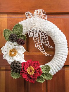 Crochet Christmas Wreath Crochet pattern for the holidays