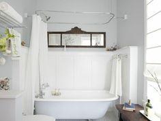Lovely Modern Vintage Bathroom Decor Ideas - Page 45 of 88 Modern Vintage Bathroom, Rustic Bathrooms, Primitive Bathrooms, Bathrooms Decor, Classic Bathroom, Vintage Room, Tub Shower Combo, Shower Tub, Bathroom Showers