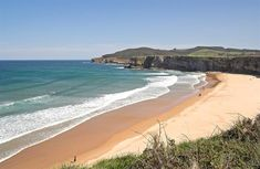 Cantabria has some of the best beaches in the whole of Spain. From Santander's urban ones to the more rural Costa Trasmiera, take your pick. Cuba, Spanish Holidays, Andalusia, Hiking Trails, Beautiful Beaches, Places To See, Portugal, Water, Travel