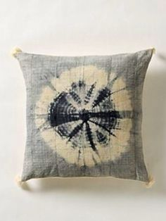 Perfect pillows for a carefree, beachy vibe