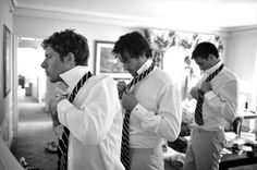 Six must-have shots of your groom and his groomsmen to include to your shot list.
