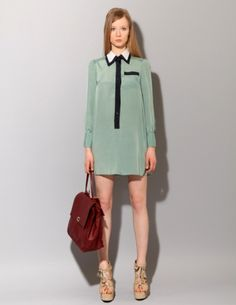 Love the collar, hemline, dress color..obviously