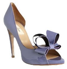 I'm just saying: Bows and patent - Valentino Suede Shoes, Shoe Boots, Shoes Sandals, Periwinkle Blue, Shades Of Purple, Wild Orchid, Valentino Shoes, Pretty Shoes, Crazy Shoes