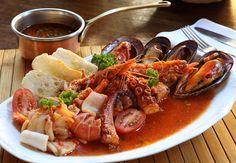Gran sopa de peixe e couscous, Gran sopa de peixe e couscous, com frutos do mar e peixe acompanhados de caldo de tomate, receita de Puglia (Foto: Divulgação)