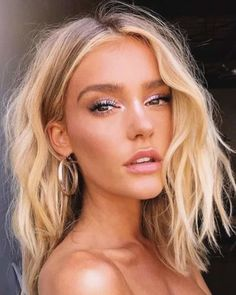 Blonde Wigs Blonde Perücken Lace Frontal Hair Rose Blonde Haare - ananwigs 5 Factors Affecting The C Rose Blonde, Blonde Beauty, Hair Beauty, Blonde Makeup, Blonde Color, Makeup On Blondes, Hair And Makeup, Beauty Makeup, Blonde Hair Looks