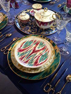 Hermès Voyage en Ikat porcelain