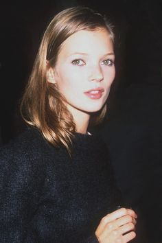 kate-jam-and-diamonds: Kate Moss, 1993.