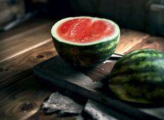 Cheia de água, a fruta é ideal para refrescar durante as altas temperaturas
