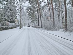 Snow joke: getting your employees to work.  http://ehsolicitors.co.uk/snow-joke-getting-your-employees-to-work/