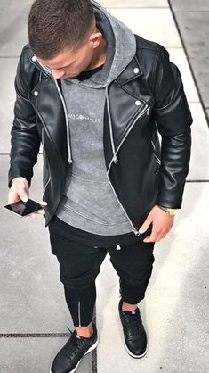 Mens leather jackets. Leather jackets can be a crucial component to every man's set of clothes. Men need to have jackets for a number of activities as well as some varying weather conditions Leather Jacket Outfits, Men's Leather Jacket, Leather Men, Leather Jackets, Biker Jackets, Fashion Moda, Mens Fashion, Mode Man, Next Clothes
