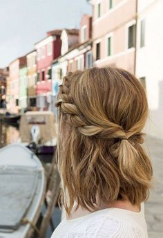 If you're a bride or if you're going to attend a wedding ceremony, the best hairstyles 2017 are very important to make you look significant, cute and awesome.