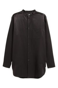 Long shirt woven in a soft Tencel® lyocell blend. Henley collar classic button placket and open chest pocket. Long sleeves with buttons cuffs. H&m Online, Black Men, Fashion Online, Kids Fashion, Raincoat, Leather Jacket, Long Sleeve, Sleeves, Jackets