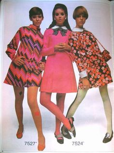 late 1960s graphic print mod mini dress shift tights shoes models magazine photo print ad looks pink red black floral stripes vintage fashion
