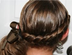 Easter Hairstyles: Take your pick… Back To School Hairstyles, Cute Girls Hairstyles, Braided Hairstyles, New Hair, Your Hair, Medium Hair Styles, Long Hair Styles, Step By Step Hairstyles, Long Hair Cuts