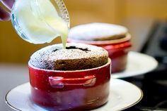 The perfect chocolate souffle; Zen can cook (Zenspotting)