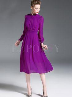 10 simple wedding dresses that still look stunning Purple Work Dresses, Cute Dresses For Work, Navy Blue Midi Dress, Purple Outfits, Dresses For Teens, Chic Outfits, Nice Dresses, Casual Dresses, Fashion Dresses