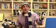 Total lustiges Video, in dem ein Schulleiter seinen Schülern singend verkündet, dass sie schulfrei haben!