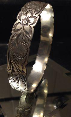 Vintage sterling silver floral etched bangle bracelet