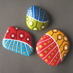 Painted beach pebbles magnets - set of 3 colorful magnets. ZamzamCreations via Etsy.