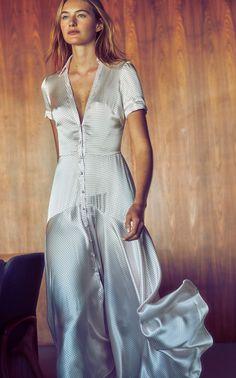 Alexis Athene Polka-Dot -Satin Maxi Dress Source by modaoperandi dress Maxi Gowns, Satin Dresses, Elegant Dresses, Silk Dress, Evening Dresses, Afternoon Dresses, Flapper Dresses, Summer Dresses, Maxi Outfits