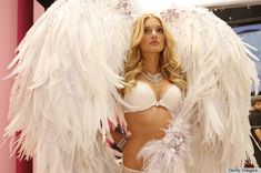 How Victoria's Secret Fashion Show Wings are Actually Made
