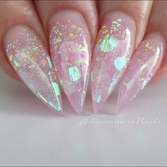 This series deals with many common and very painful conditions, which can spoil the appearance of your nails. SPLIT NAILS What is it about ? Nails are composed of several… Continue Reading → Dream Nails, Love Nails, Gorgeous Nails, Pretty Nails, Nail Art Strass, Aycrlic Nails, Stiletto Nails Glitter, Pink Sparkle Nails, Chunky Glitter Nails