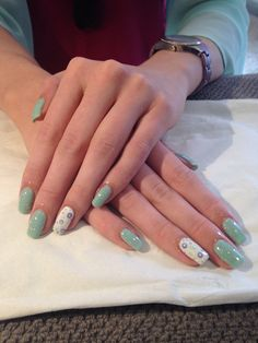 My 1st client of the day. Pastel, sparkle and spots, gorgeous!