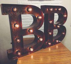 Буквы с лампочками .Декор помещения .instagram: craft_and_lamp ☺️