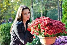 Life, passion and beauty: Outfit: I know there is a land of beautiful flowers I Know, Beautiful Flowers, Bomber Jacket, Passion, Life, Outfits, Beauty, Outfit, Beleza