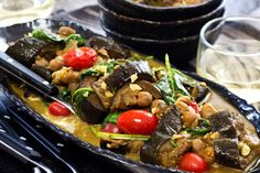 Recipe: Aubergine and Chickpea Curry - Try Angela Casley's simple and light summer curry in one pot and full of flavour Curry Recipes, Vegetarian Recipes, Healthy Recipes, Vegan Meals, Vegan Food, Healthy Meals, Kitchen Recipes, Cooking Recipes, Curry One