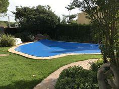 Os mostramos una de las instalaciones más recientes de cobertor de piscina que hemos realizado en la provincia de Valencia: