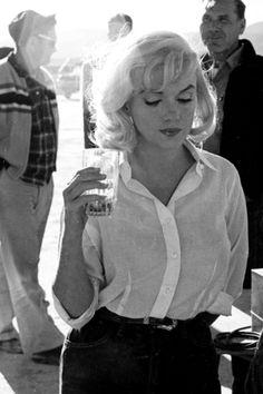 Marilyn ~ The Misfits set